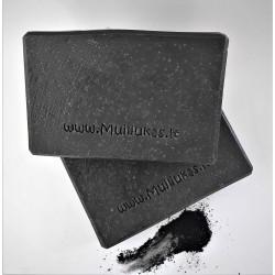 Natūralus rankų darbo muilas su aktyvuota anglimi