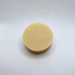Natural shampoo bar for dogs, with oat milk